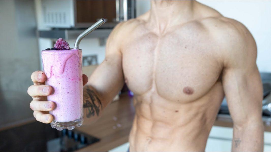 6-vegan-protein-smoothies-proven-to-bulk-up.