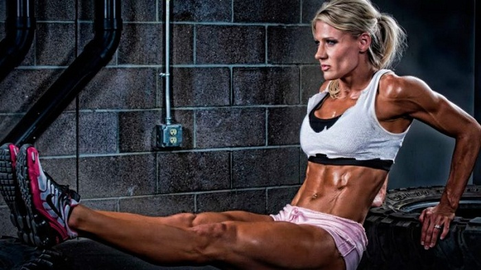 female-bodybuilders-traning